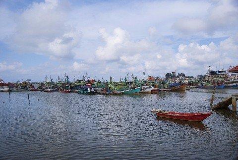 Ferries to Redang Island depart from Kuala Terengganu