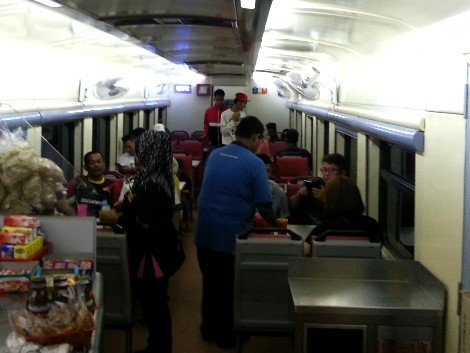 Restaurant car on the Ekspress Rakyat Timuran